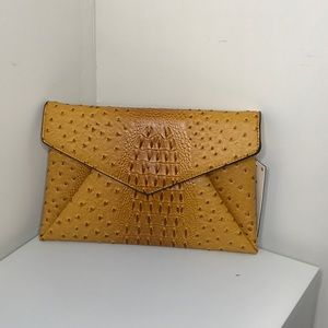 Handbags - Clutch/crossbody